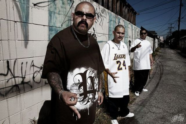 Gangsta Girls And Lowriders Wallpaper Photos Of Los Angeles Street Gangs 47 Pics Picture