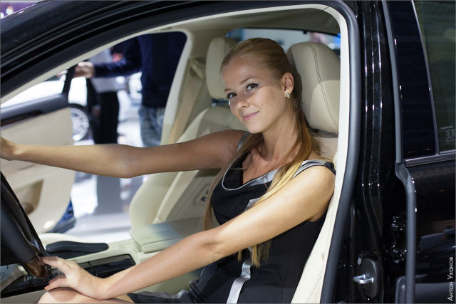 Car Wallpaper 1 40 Girls Of Moscow Car Show 55 Pics Picture 40