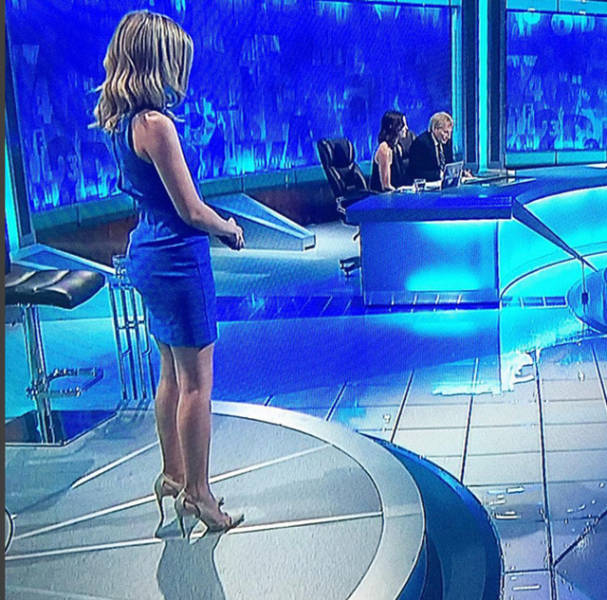 December Wallpaper Cute Hot Mathematician Rachel Riley Is Candy For The Eyes 15