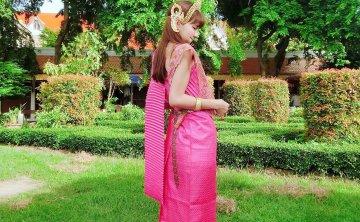 [泰國-曼谷]泰服 傳統服飾租借體驗 鄭王廟(黎明寺)行程推薦 ♥ 小Connie愛夢遊。遊記
