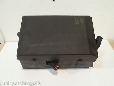 2007 CHEVROLET SILVERADO 1500 FUSE BOX BLOCK PANEL USED OEM #068