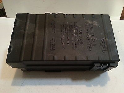 2004 2005 2006 DODGE CARAVAN FUSE BOX BLOCK 05144579AB RELAY PANEL