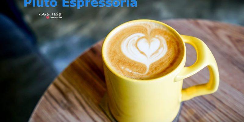 咖啡 | 台中南屯 | Pluto Espressoria。藍色IG網美牆,近IKEA