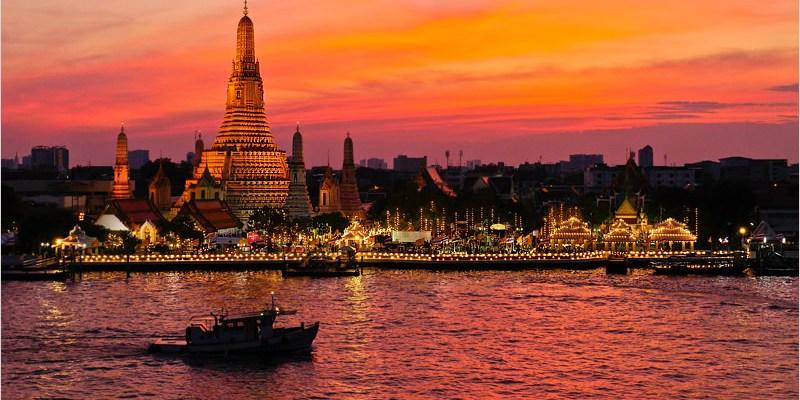 泰國曼谷自由行   Sala Rattanakosin Bangkok-曼谷舊城區頂樓河畔景觀酒吧,超美鄭王廟夜景來這取景就對啦!
