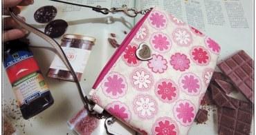 【購物/精品】COACH新款手拿包,2104情人節限定,輕巧可愛粉嫩春季流行