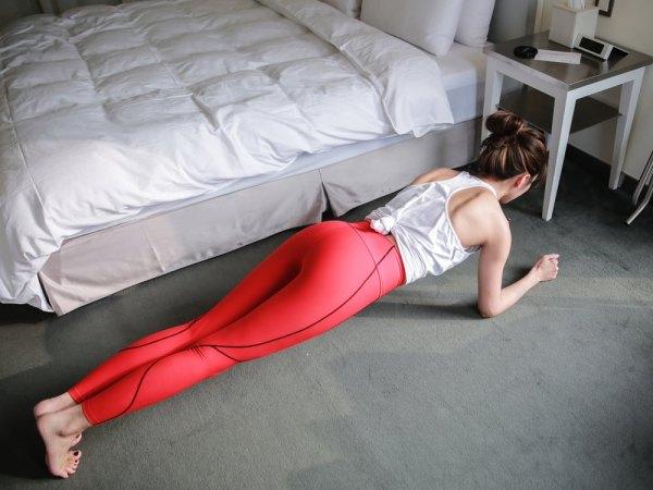 <運動> 5種養成腹肌的棒式教學 &#038; 專業運動壓力衣分享!Marena Sport。