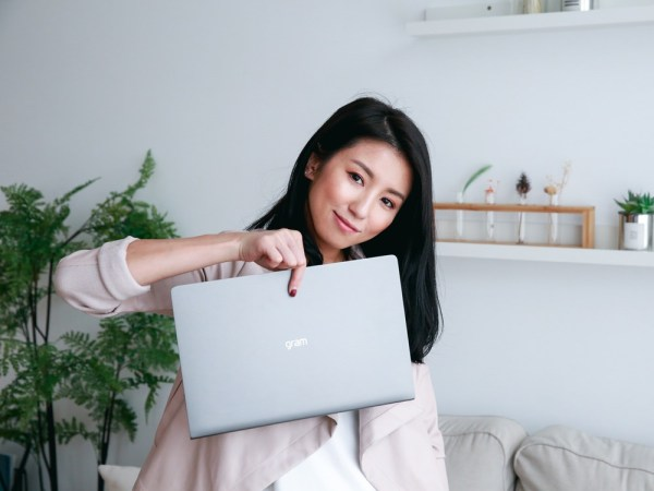 <3C> 只有995克的超輕量高規格14吋筆電LG Gram開箱!