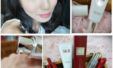 <底妝>美白、防曬、隔離、潤色、持久一次到位!SK-II 光感煥白CC霜。