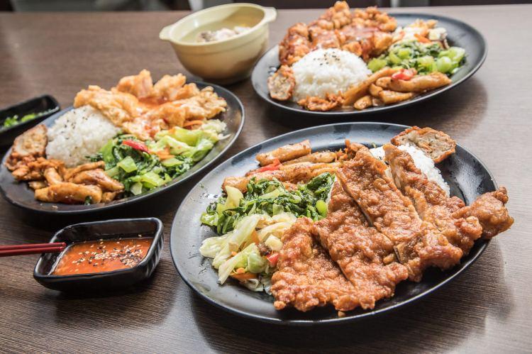 [台北中山]30種主菜菜色!堅持只使用當天現宰溫體豬,九九招牌排骨飯一吃就上癮!九九食坊