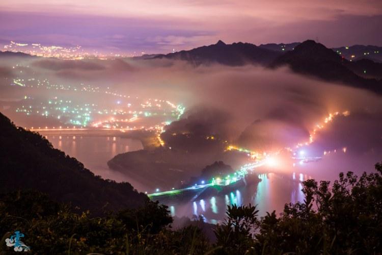 桃園景點推薦》石門水庫 – 雲浪琉璃 佛陀世界