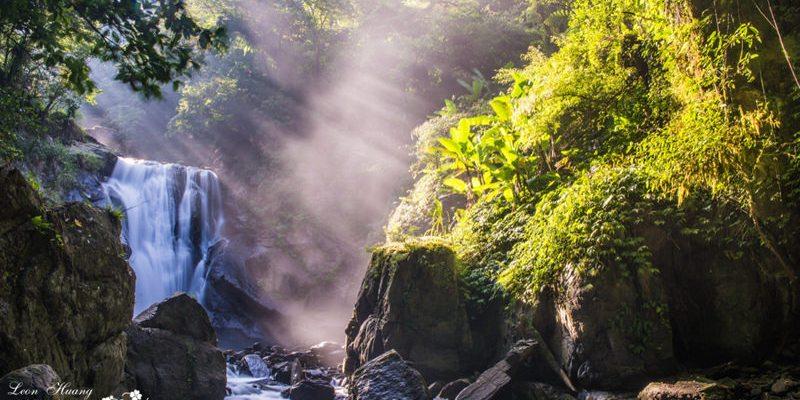 新北景點推薦》烏來內洞森林遊樂區 - 瀑布晨曦 陰離子含量高