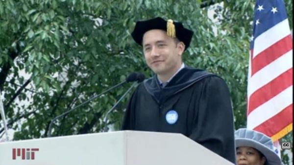 「人生のコツはたったの3つ」Dropbox創業者ドリュー・ヒューストンの卒業スピーチが感動的