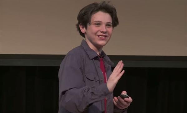 """「学ぶことを今すぐやめよう」 IQ170の13歳少年が語った、""""天才""""の条件"""