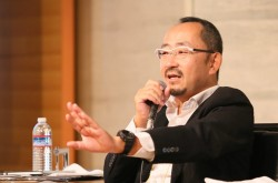 なぜ日本のECサイトで「人間らしさ」が重要なのか–楽天とAmazonの違いにみる文化的背景とは