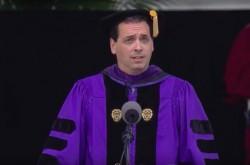 「何かを理解するには、書かねばいけない時もある」大統領のスピーチライターが語る人生の歩み方