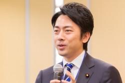 見習うべきは「シラク3原則」  小泉進次郎氏が取り組む人口減少問題