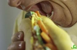 食べ物をクチャクチャ噛む音が不安や怒りに… 音に悩まされる「ミソフォニア」とは?