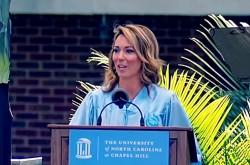 炎上を経験したCNN美人キャスターが若者に贈るメッセージ「失敗を認め、謙虚さを持って優雅に立ち直ること」