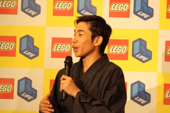 織田信成がレゴのイベントに登場 七夕のサプライズ受けるも号泣ならず