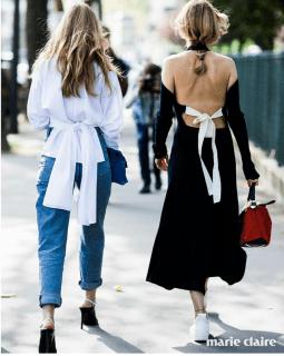 스트리트 패션 속 트윈룩을 선보인 퍼닐 테이스 백과 알렉산드라 칼