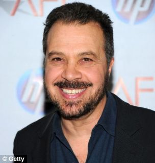 Love & Other Drugs director Ed Zwick