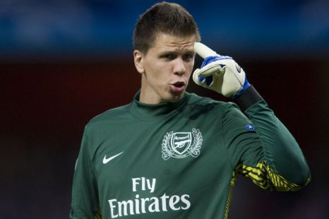 Wojciech Szczesny, boots.