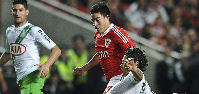 Benfica's midfielder Nicolas Gaitan