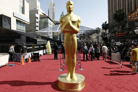 A Oscar statue is seen on the red carpet before the 84th Academy Awards in Los Angeles