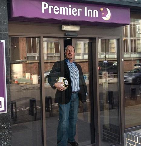 Rafa Benitez, Premier Inn hotel.