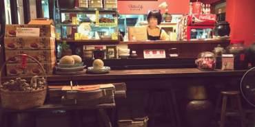台中西屯美食 豬頭担之台灣雜菜麵 別看裝潢就以為貴桑桑 好平價的古早味美食 復古特色好吸睛 中餐限定飯盒 最佳伴手禮豬腳禮盒