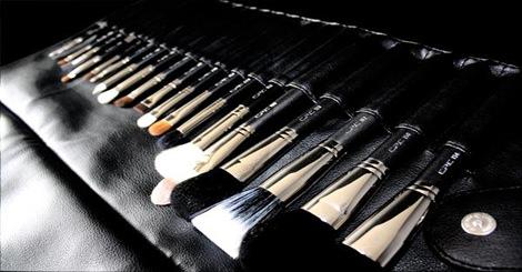 【美妝保養】妳還在將細菌往臉上刷嗎?教妳如何正確清理化妝刷具!