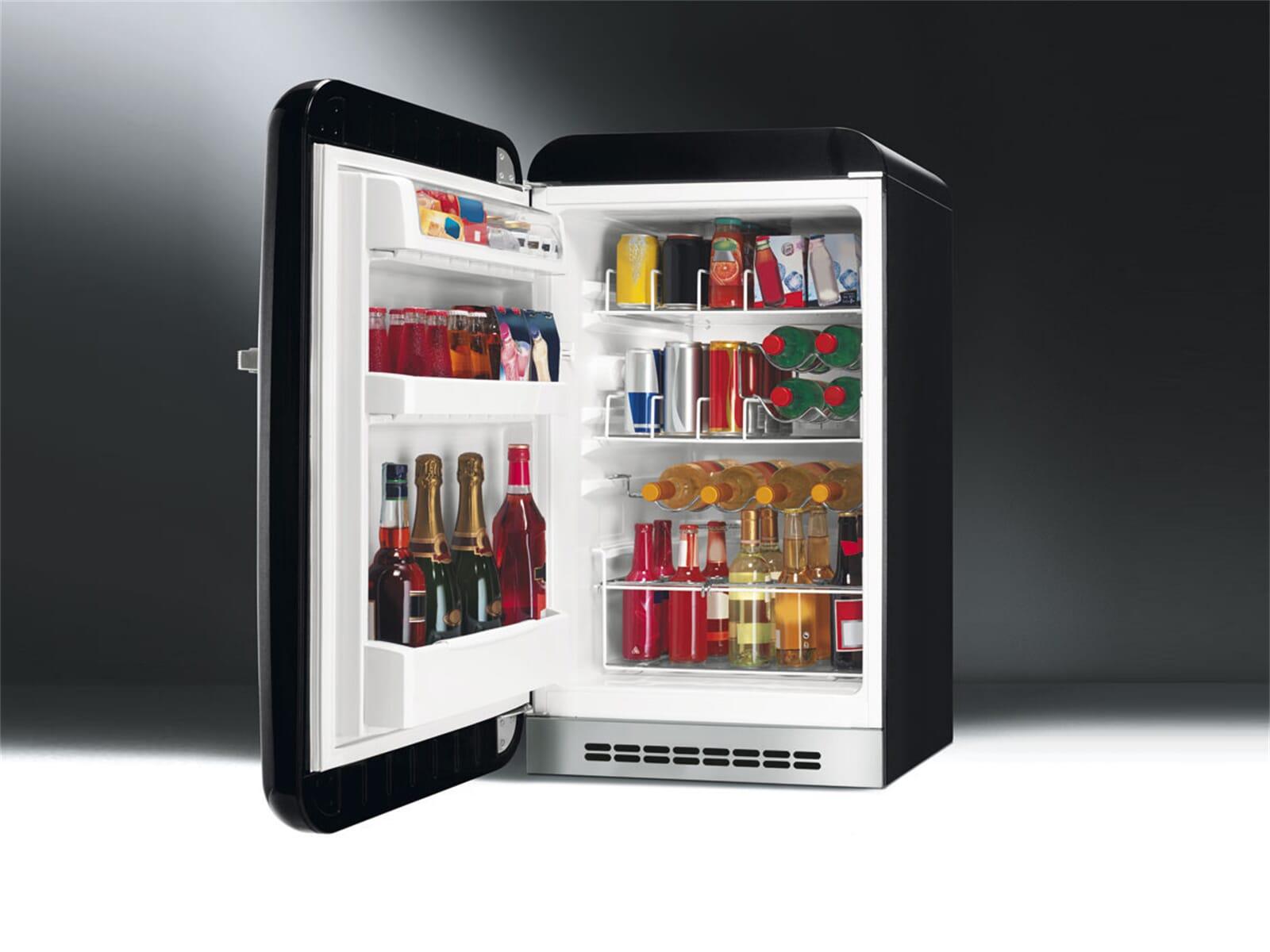 Smeg Kühlschrank Black Velvet : Smeg kühlschrank schwarz smeg fab rne stand gefrierkombination