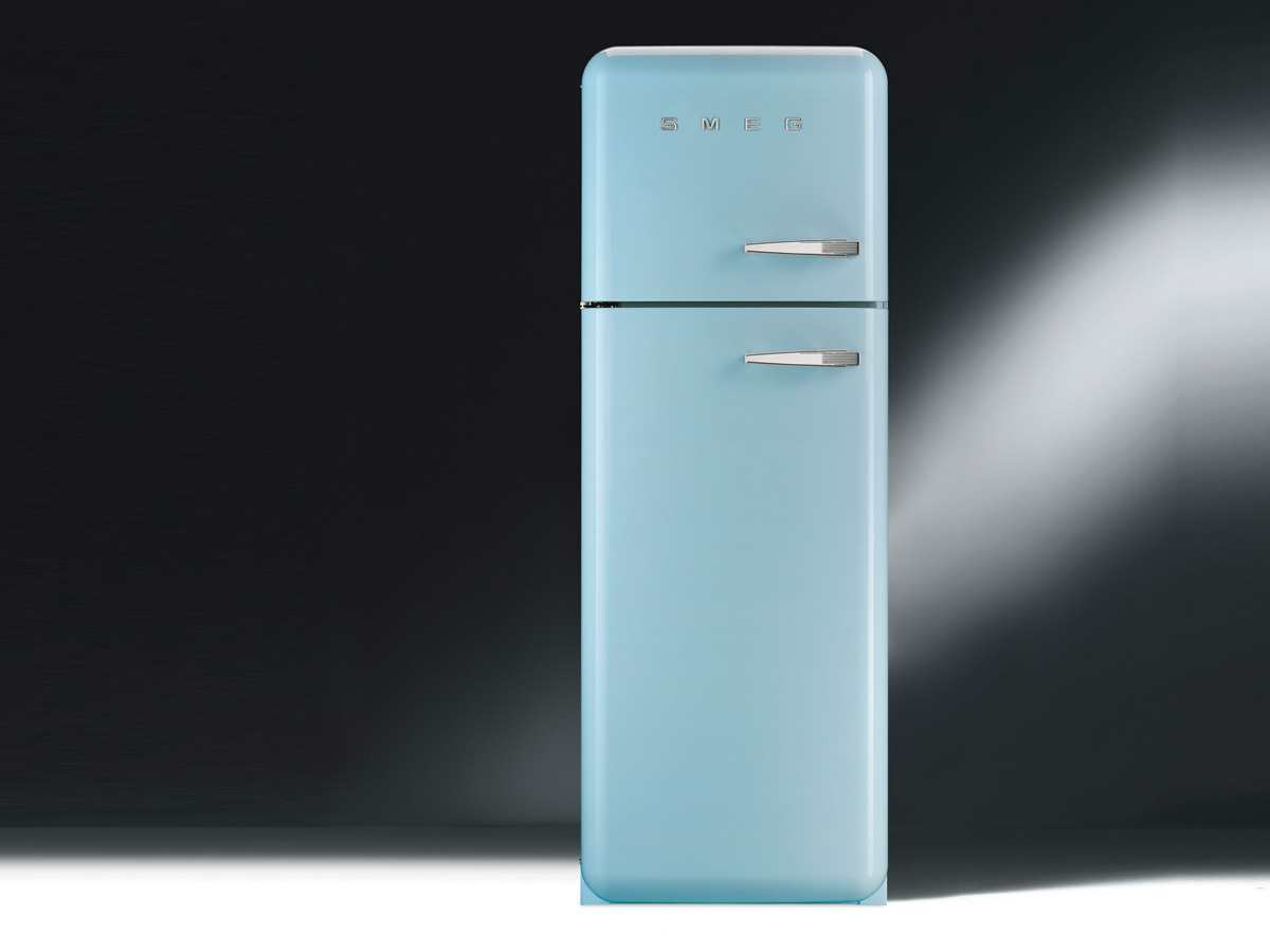 Siemens Kühlschrank Retro : Kühl gefrierkombi retro tolle kühl gefrierkombi siemens