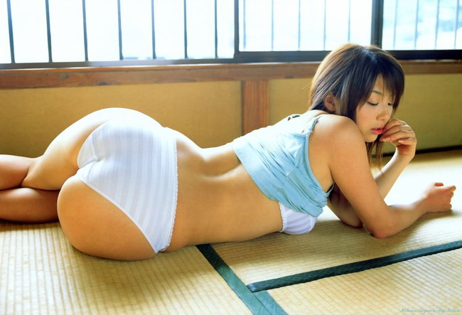 【ヌード画像】畳の上で素肌をさらす女の子が妙にそそるw(30枚) 20