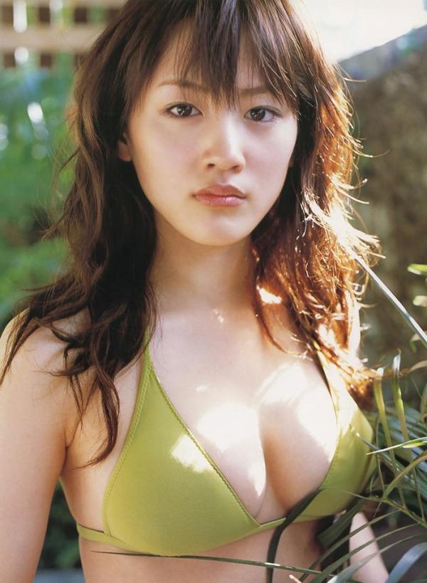【ヌード画像】綾瀬はるかの天然水着セミヌード姿は今でもおかずになるw(30枚) 17