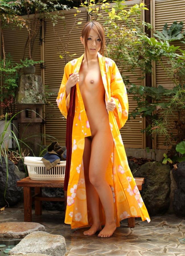 【ヌード画像】浴衣美女の半裸姿がぐうしこw(31枚) 28