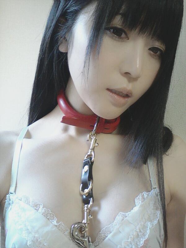 【ヌード画像】首輪つき女の子たちを雌犬扱いしたいw(34枚) 18