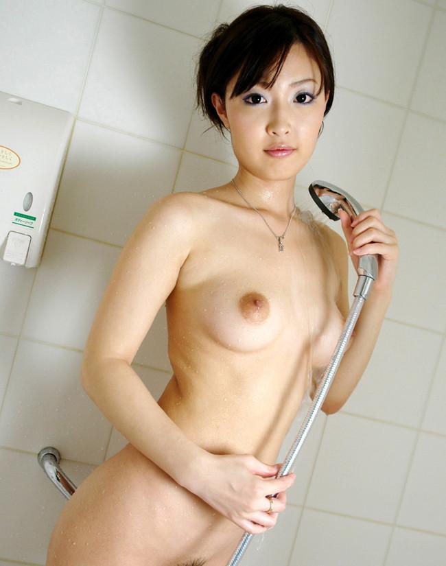 【ヌード画像】シャワーを浴びている美少女たちに心が洗われるようですw(35枚) 26