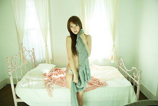 【ヌード画像】多岐川華子のセミヌード姿が超絶セクシーw(30枚) 12