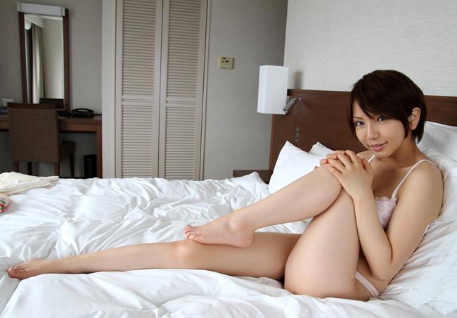 【ヌード画像】太もものムチムチぶりに辛抱たまらんw(31枚) 23