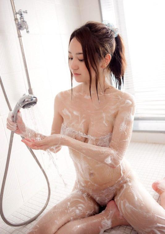 【ヌード画像】葉月ゆめのセクシー画像w肌に近い色の水着だと裸に見えるw(31枚) 11