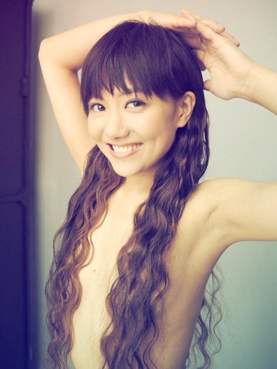 【ヌード画像】美女の髪ブラが大興奮必至のエロさw(31枚) 12