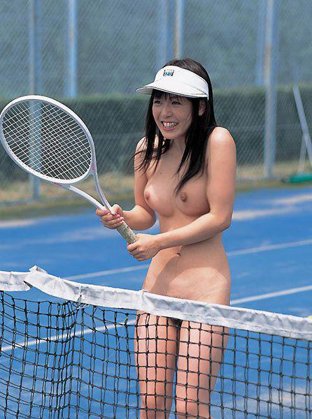 【ヌード画像】女の子の丸出しスポーツ姿が大胆すぎるw(31枚) 08