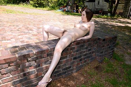 【ヌード画像】誘惑しているようなセクシーポーズが抜けすぎるw(32枚) 30