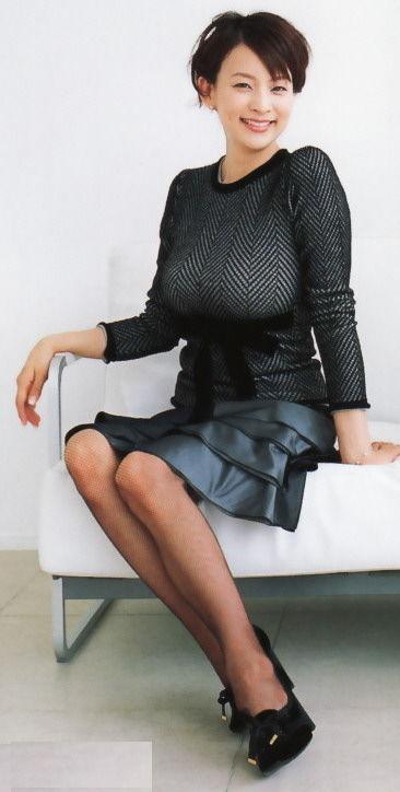 【ヌード画像】巨乳女がセーターを着た結果w(32枚) 05