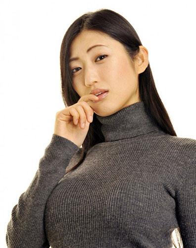 【ヌード画像】巨乳女がセーターを着た結果w(32枚) 06