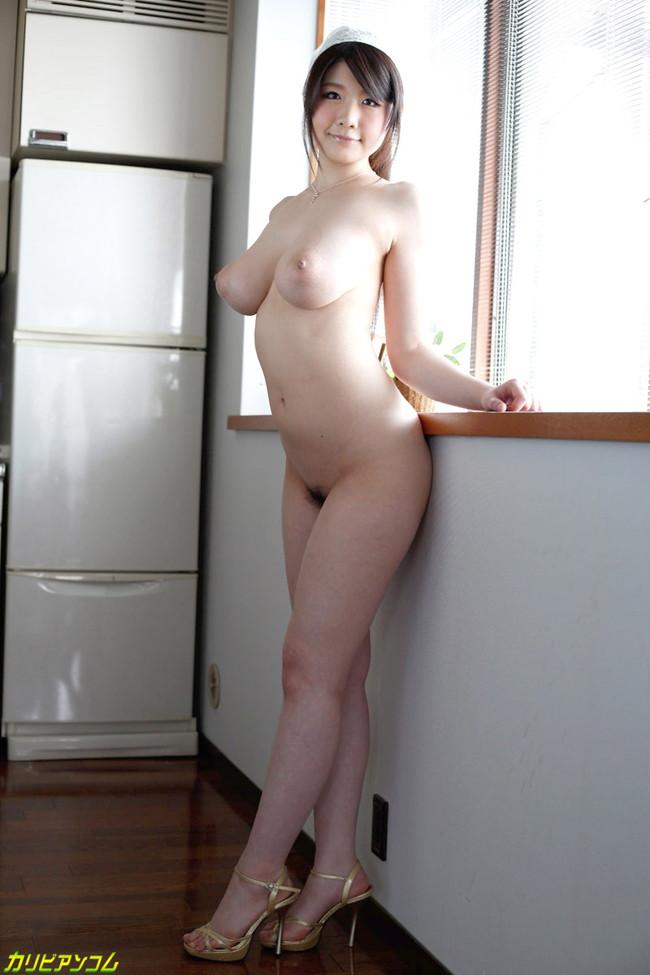 【ヌード画像】仕事中に裸体をさらしている家政婦さんのエロ画像w(30枚) 18