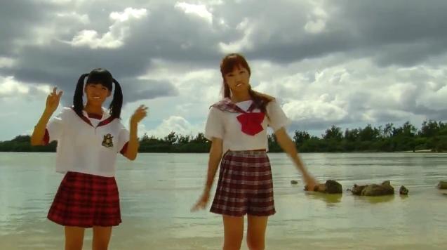 【ヌード画像】水着で遊ぶ女の子が可愛いw(33枚) 24