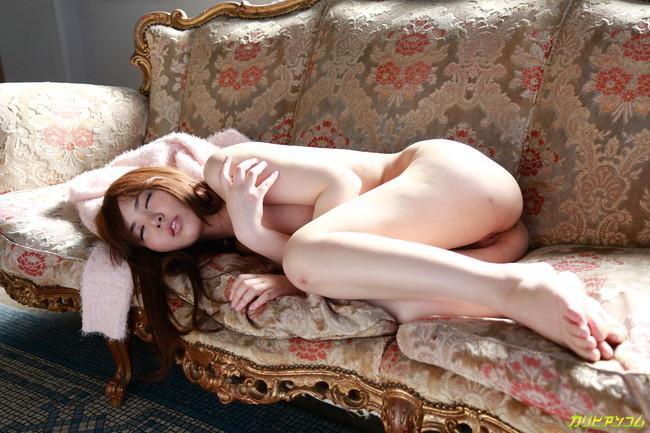 【ヌード画像】肉厚的な唇がエロい大空美緒のヌード画像(30枚) 14