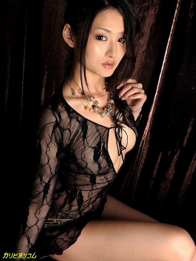 【ヌード画像】エロさ爆発!美女たちのダイナマイトボディが熱い!!(30枚) 25